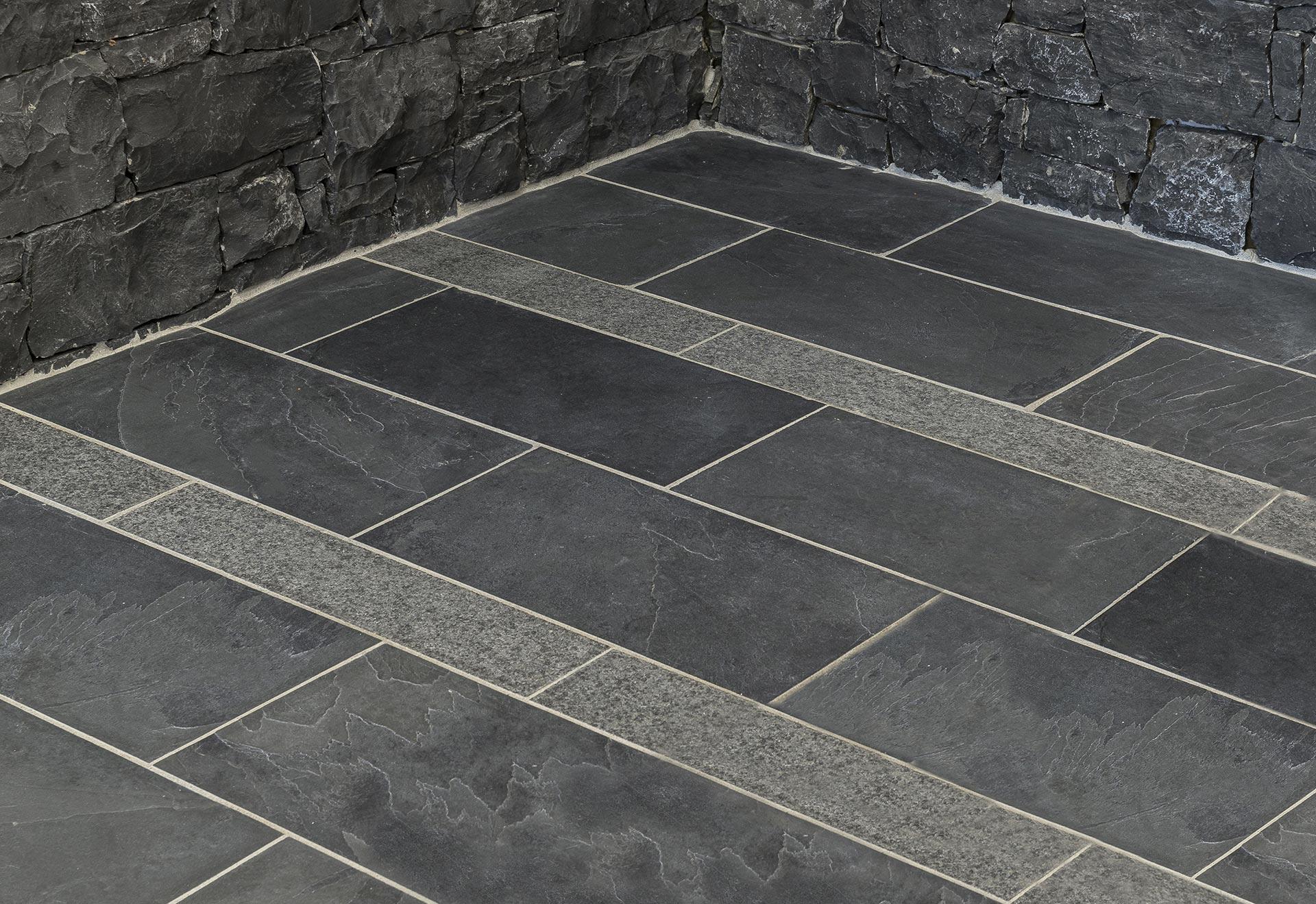Rivestimenti In Ardesia Nera collezione abitare pavimenti: pavimenti in pietra naturale